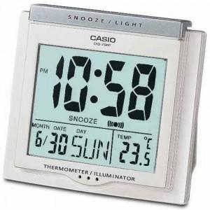 Reloj Despertador Casio digital DQ-750F-7D